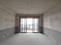 新上房源金鹏珑玺台一楼带院子,高品质小区