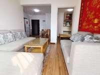 天安都市花园东区 18层7楼 80平米 2室2厅 1700元 精装全配
