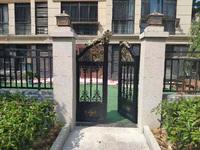 金鹏清风明月 工抵房双拼别墅 3层 总面积320平 直接更名 比售楼部便宜很多