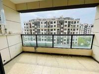 城南轻轨口 吾悦附近东坡学区珑玺台住宅 户型周正 格局分布合理,适宜居住