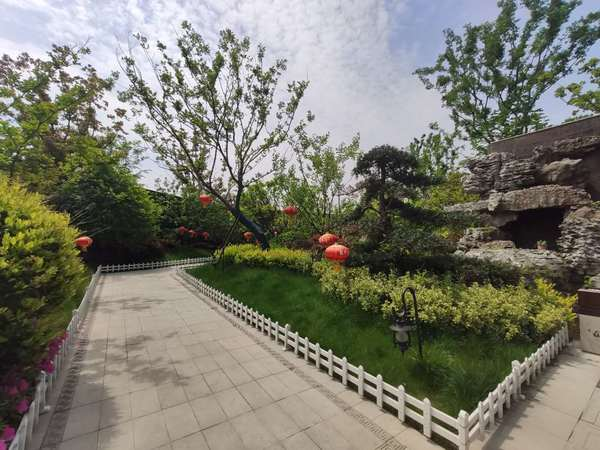 蓝光雍景湾,儒林湖小区,环境优美,地理位置好,发展空间大