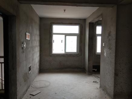 高铁站旁 同乐小区 多层 三房二厅 毛坯 户型好 采光佳 价格便宜 周边环境优美