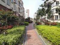 滨河名苑.4楼.88平米.2室2厅.56万 另10平米车库