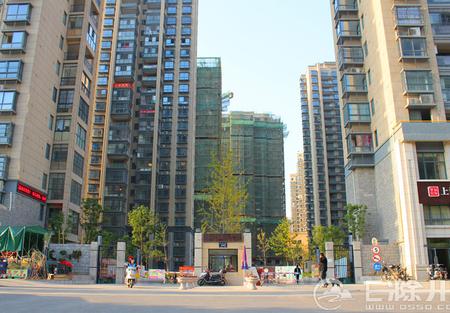 御天下南苑117平方有证无税无尾款 精品三室两厅两卫 低层 106.8万!